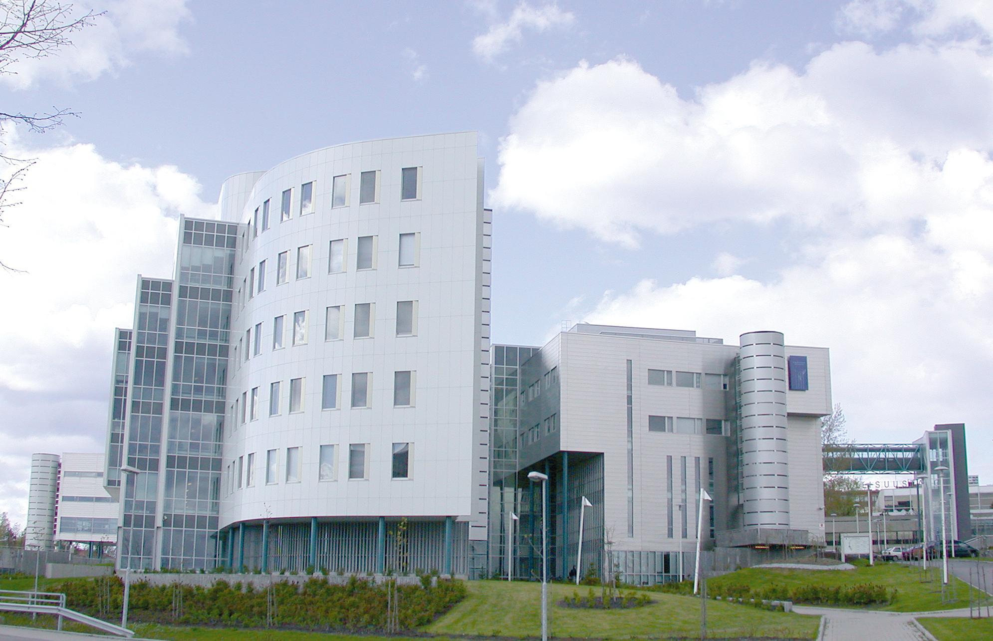 Tampereen Yliopisto, Pinni B -rakennus, Tampere