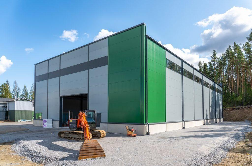Teollisuus- ja varastohalli – Pekka Lahdenmäki Oy